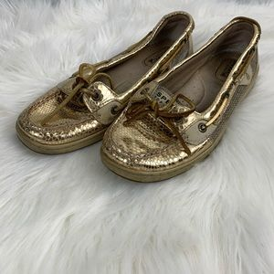 Gold sperrys boat shoes size 8.5